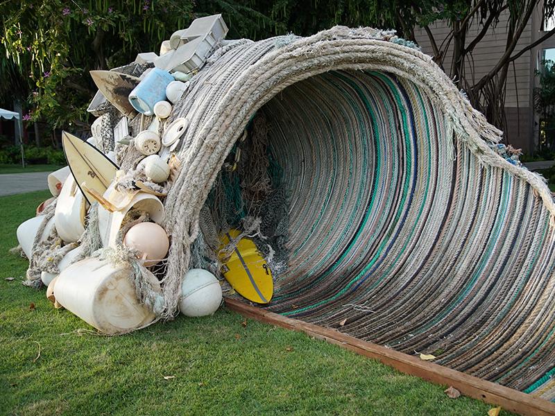 Wave sculpture